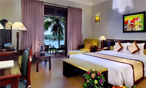 3 Nights at 4 star Hoi An Beach Resort, 2 Rounds of Golf
