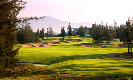 4 Nights at 4 star HAGL Plaza Danang Hotel, 3 Rounds of Golf