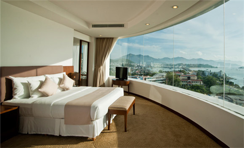 3 Nights at Michelia Hotel Nha Trang, 2 Rounds