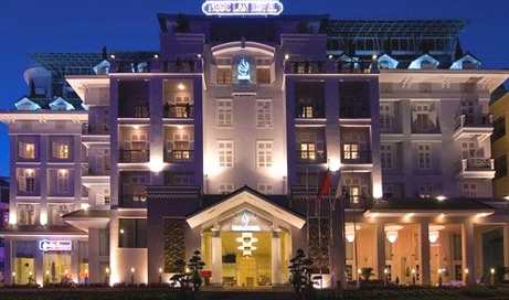 2 Nights at Ngoc Lan Hotel, 1 Round of Golf